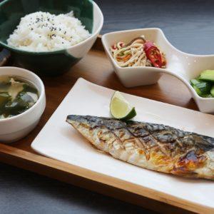 鯖魚套餐-饗牛二館